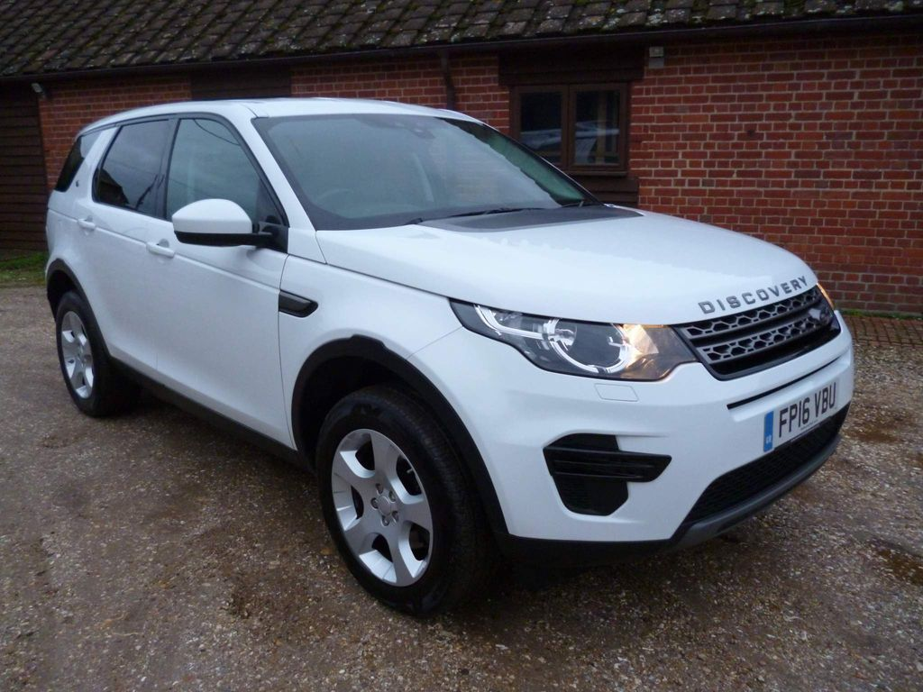 Land Rover Discovery Sport SUV 2.0 TD4 SE 4WD (s/s) 5dr (5 Seat)