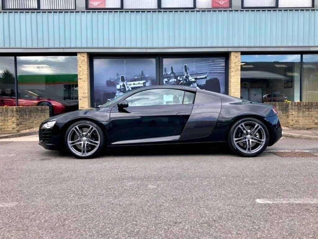 Audi R8 Coupe 4.2 FSI V8 quattro 2dr