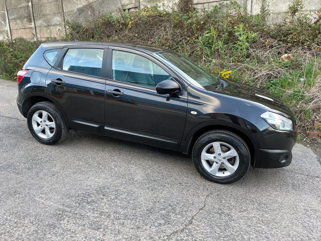 Nissan Qashqai SUV 1.6 Visia 2WD 5dr