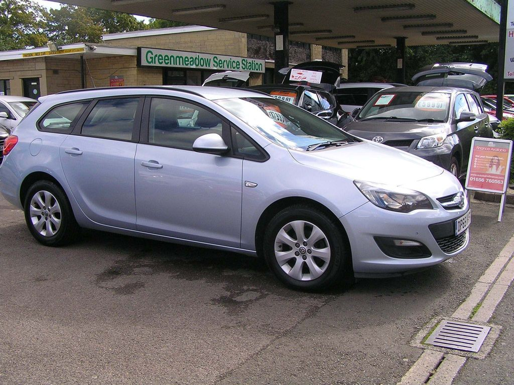 Vauxhall Astra Estate 1.6 i Design Sport Tourer 5dr