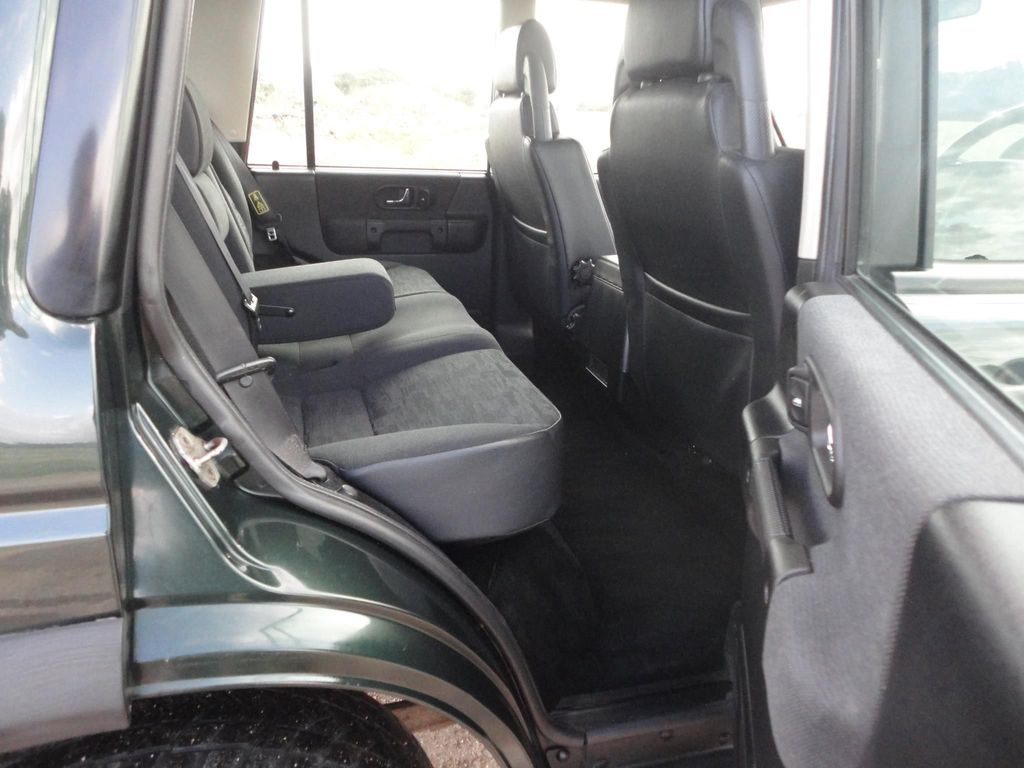 Prime Used Land Rover Discovery Suv 2 5 Td5 Gs 5Dr 7 Seats In Caraccident5 Cool Chair Designs And Ideas Caraccident5Info