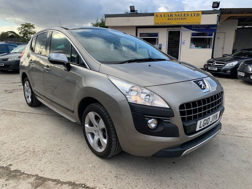 Peugeot 3008 SUV 1.6 VTi Exclusive 5dr