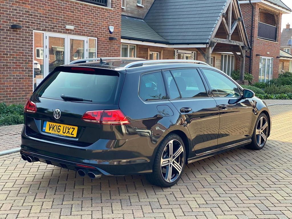 Volkswagen Golf Estate 2.0 TSI BlueMotion Tech R DSG 4MOTION (s/s) 5dr