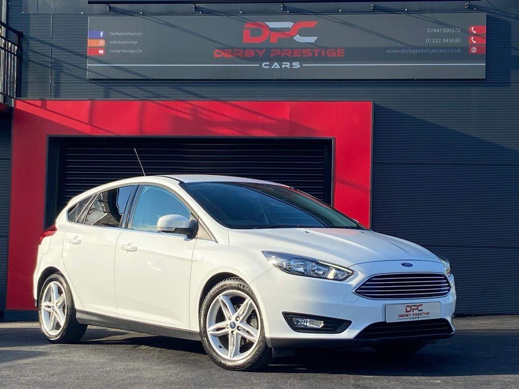 Ford Focus Hatchback 1.0T EcoBoost Zetec Auto (s/s) 5dr