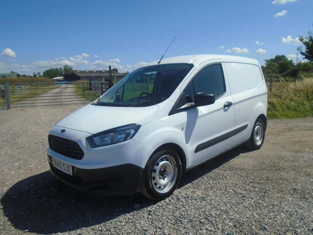 Ford Transit Courier Panel Van 1.5 TDCi L1 EU5 4dr