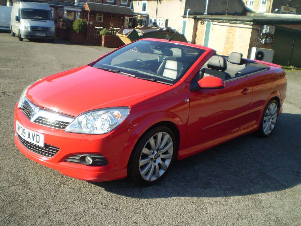 Vauxhall Astra Convertible 1.9 CDTi Exclusiv Black Twin Top 2dr