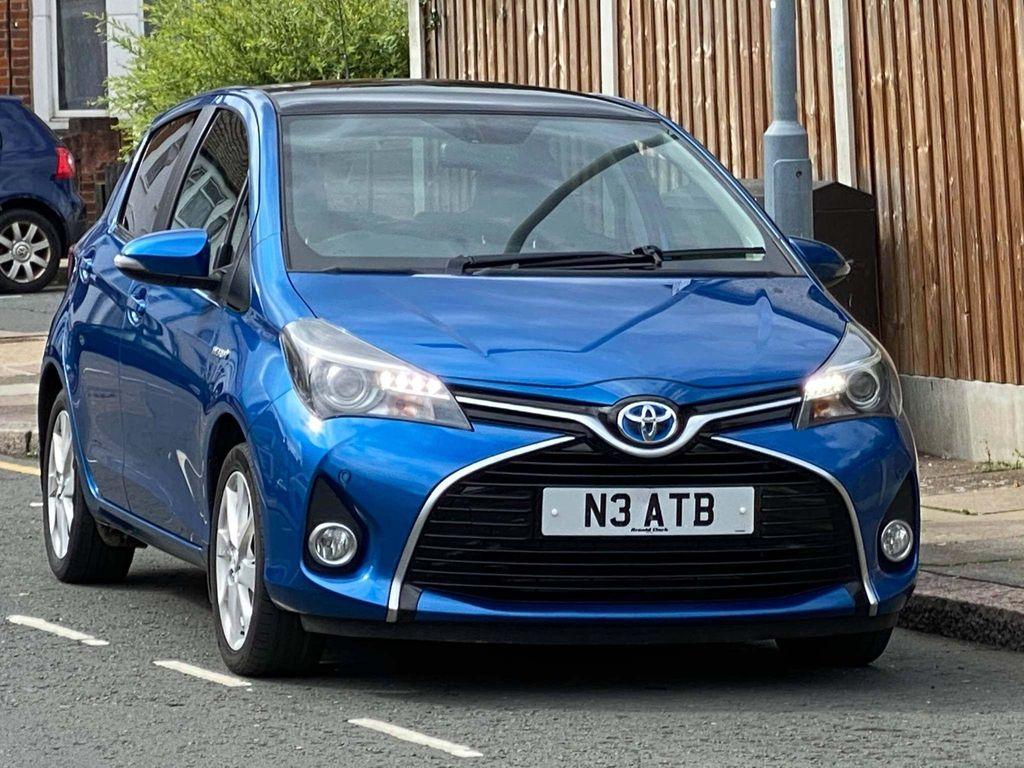 Toyota Yaris Hatchback 1.5 VVT-h Excel E-CVT 5dr (15in Alloy)