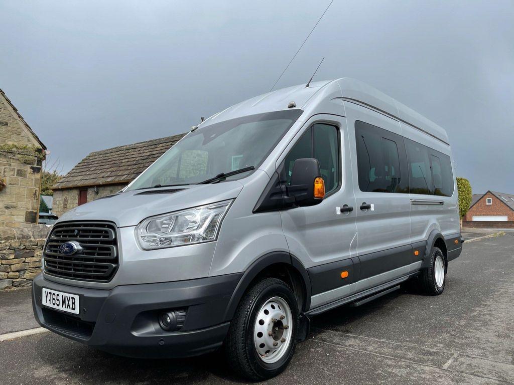 Ford Transit Minibus 2.2 TDCi 460 HDT Trend Bus L4 H3 4dr (18 Seat)