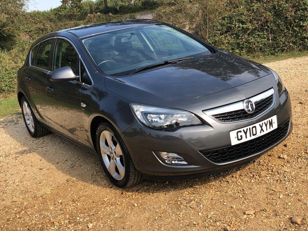 Vauxhall Astra Hatchback 1.6T 16v SRi 5dr