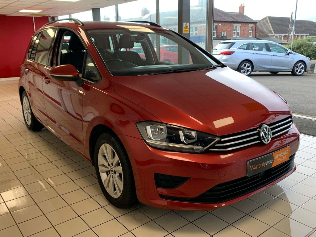 Volkswagen Golf SV MPV 2.0 TDI BlueMotion Tech SE DSG Auto 6Spd (s/s) 5dr