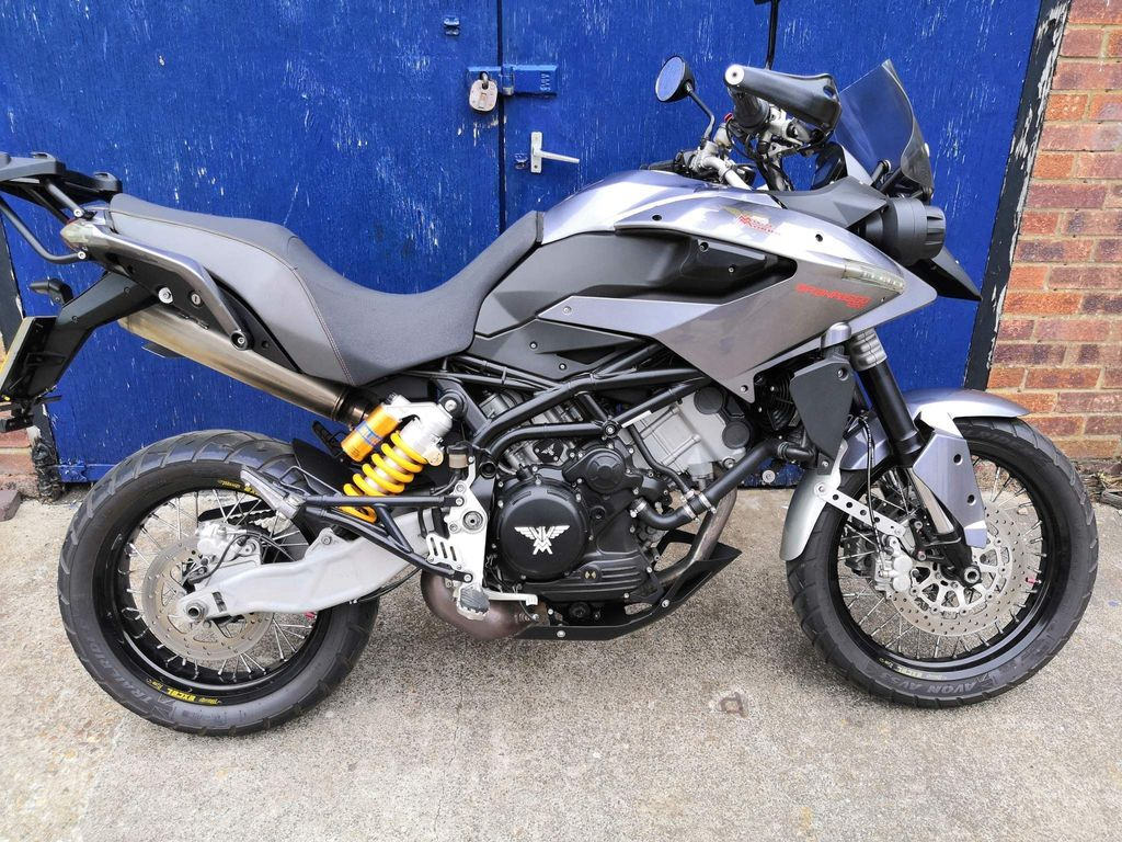 Moto Morini 1200 Adventure