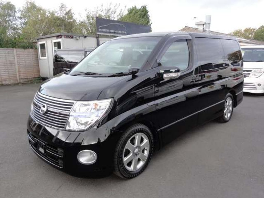 Nissan Elgrand MPV HIGHWAY STAR 53000 BIMTA IMMACULATE