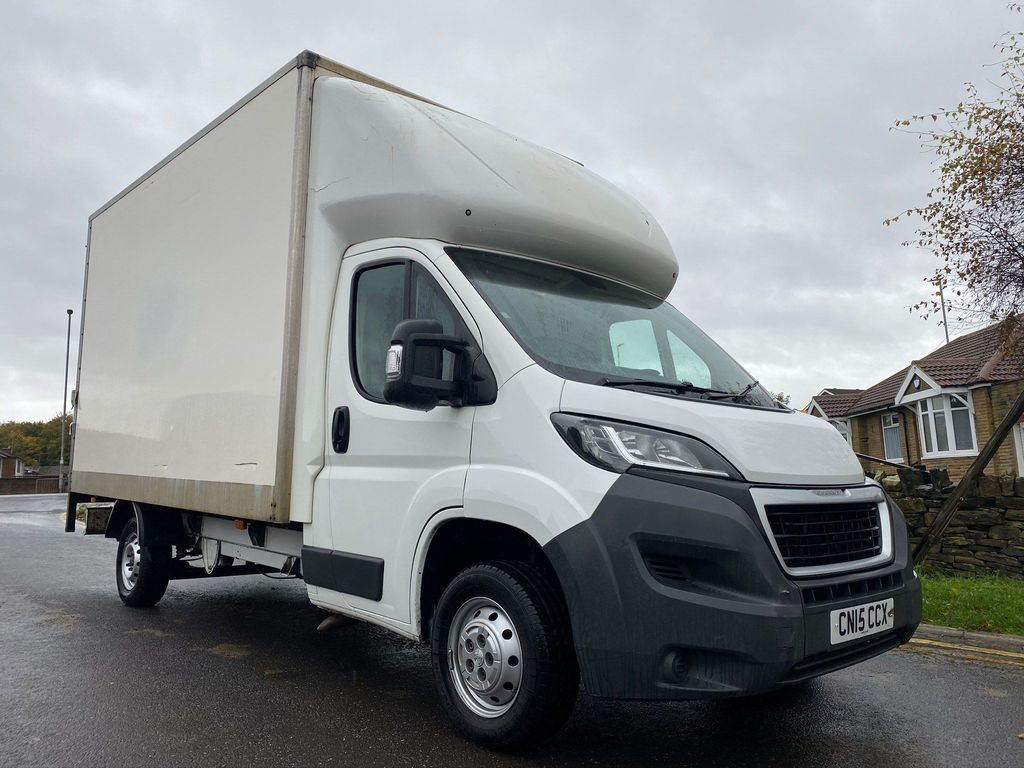 Peugeot Boxer Chassis Cab 2.2 HDi 335 L3 4dr