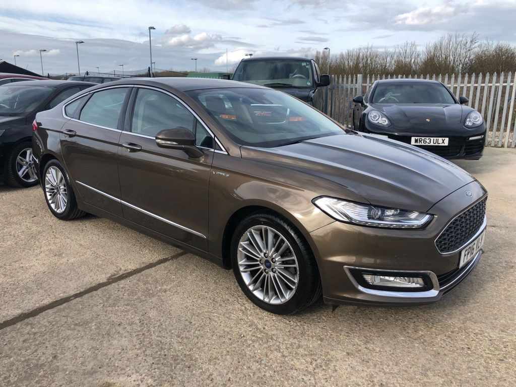 Ford Mondeo Saloon 2.0 TDCi Vignale Powershift (s/s) 4dr