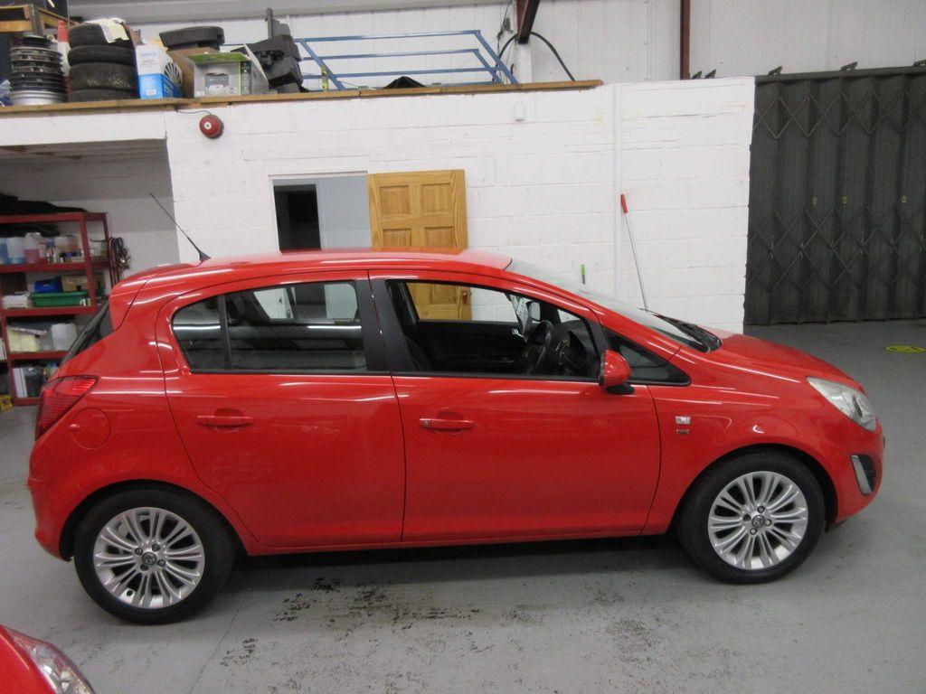 Vauxhall Corsa Hatchback 1.3 CDTi ecoFLEX SE (s/s) 5dr (A/C)