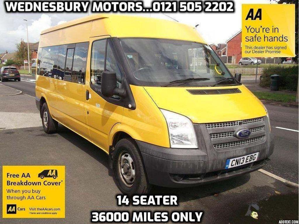 Ford Transit Minibus 2.2 TDCi 350 Medium Roof Bus RWD L 4dr (EU5, HDT, 14 Seat, LWB)