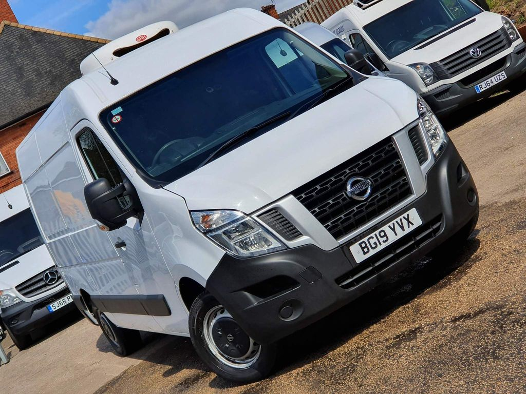 Nissan NV400 Temperature Controlled 2.3 dCi 33 SE TEMPERATURE CONTROL EU6