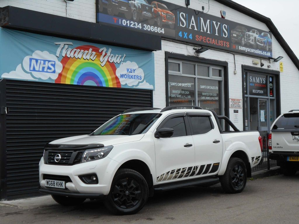 Nissan Navara Pickup 2.3 dCi N-Guard Double Cab Pickup 4WD (s/s) 4dr