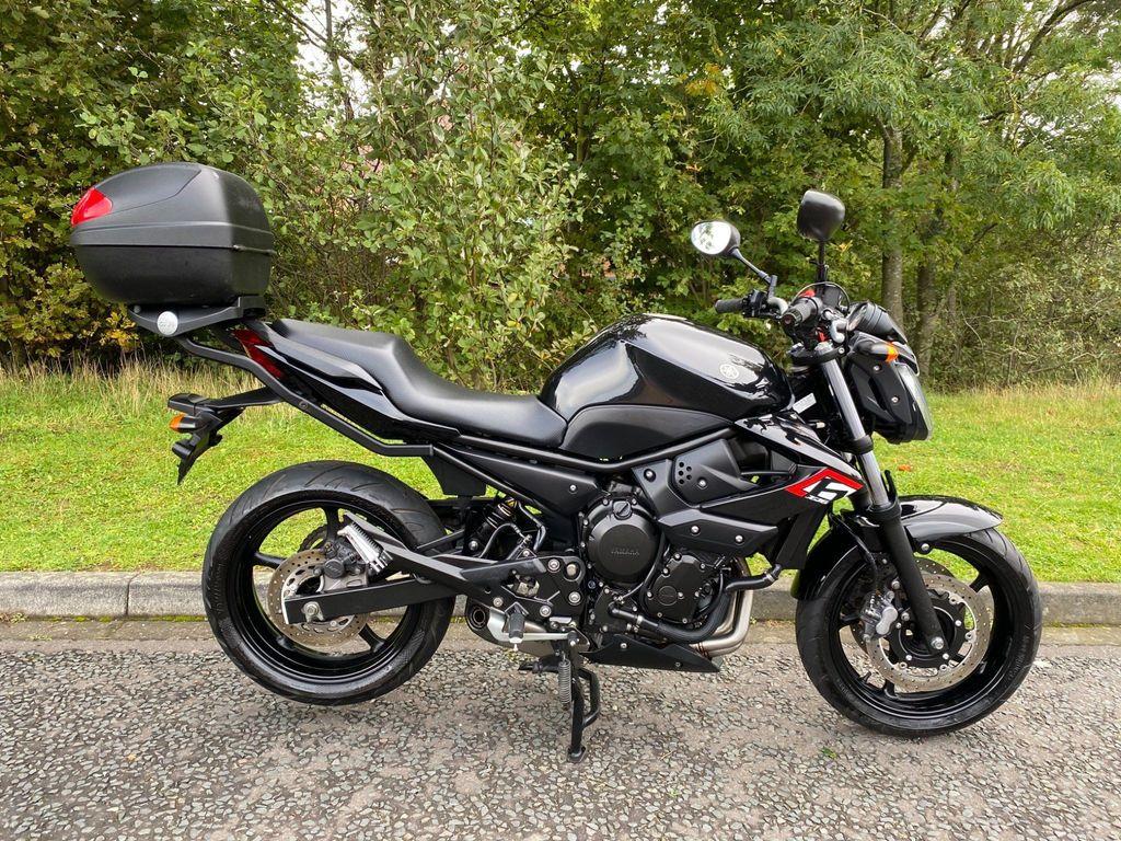 Yamaha XJ6 Naked 600