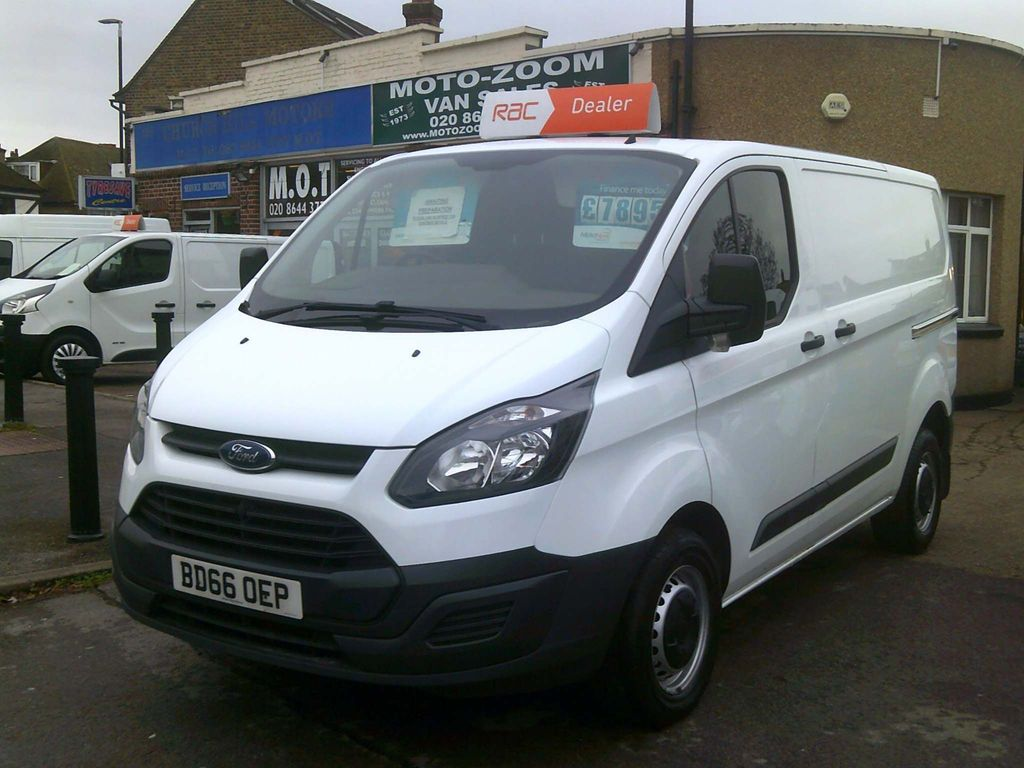 Ford Transit Custom Panel Van 2.2 TDCi ECOnetic 290 L1H1 5dr