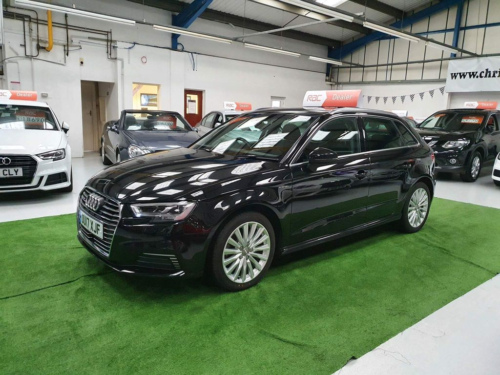 Audi A3 Hatchback 1.4 TFSI 8.8kWh e-tron Sportback e-S Tronic 5dr