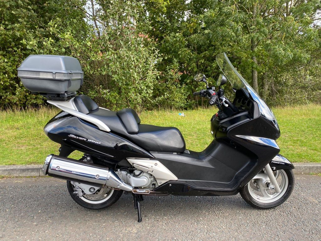 Honda Silverwing Scooter FJS600 (ABS)