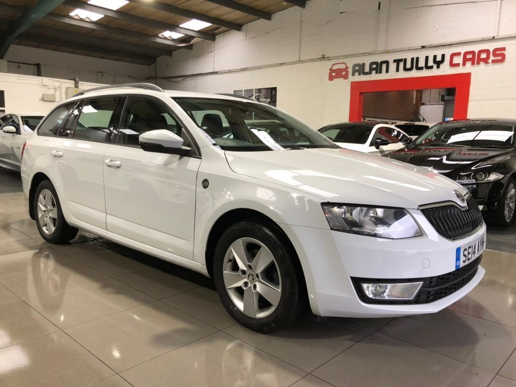 SKODA Octavia Estate 2.0 TDI CR DPF Tour de France 4x4 5dr