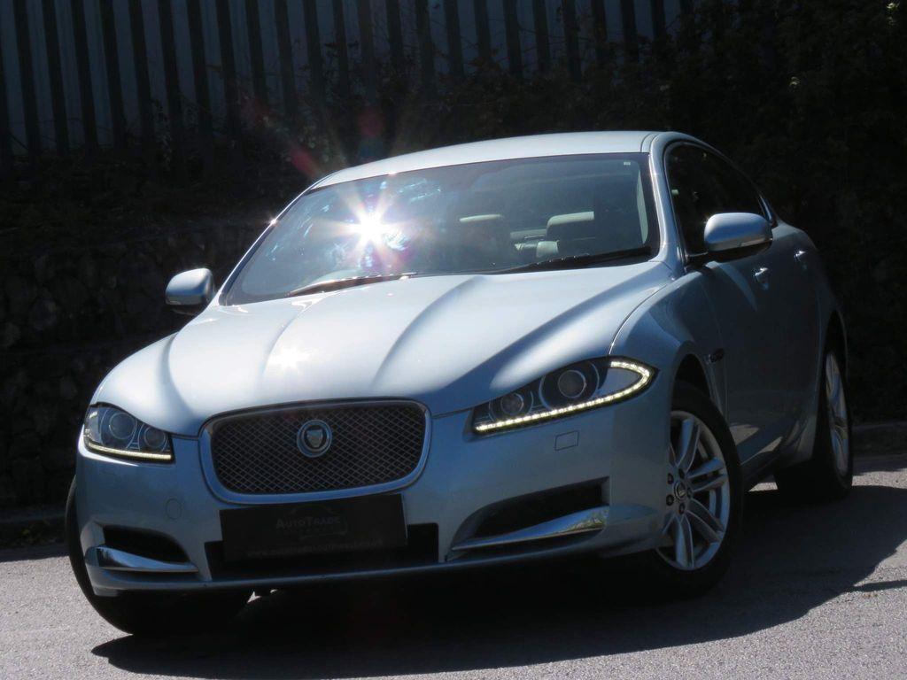 Jaguar XF Saloon 2.2d Luxury 4dr