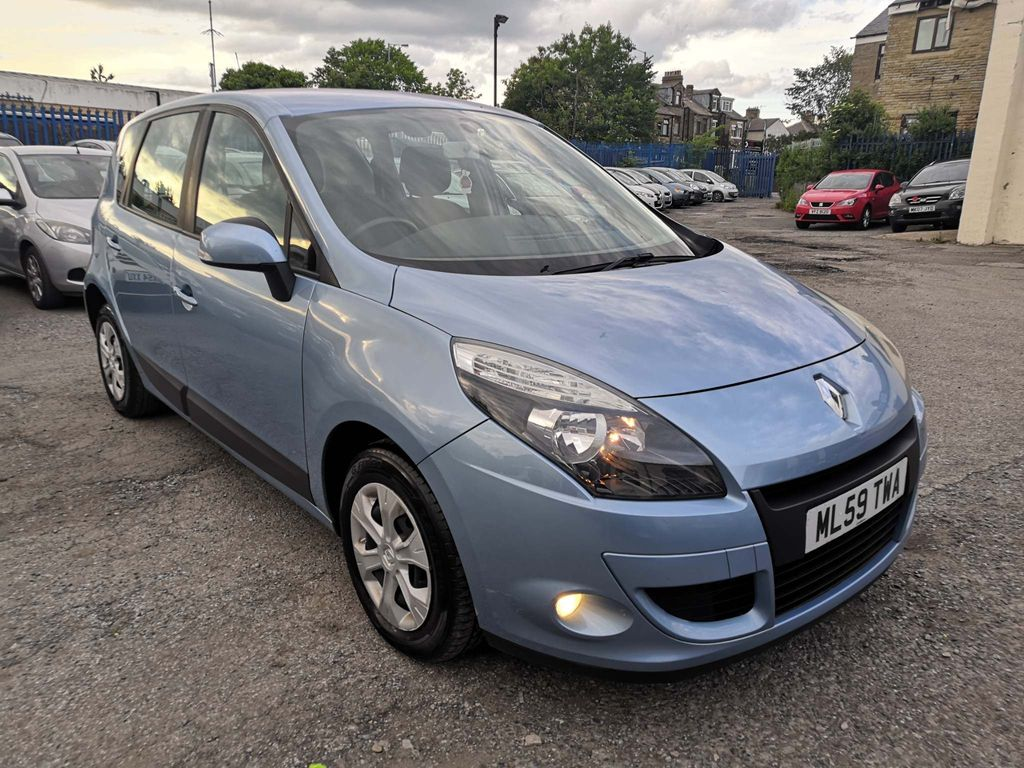 Renault Scenic MPV 1.5 dCi Expression 5dr