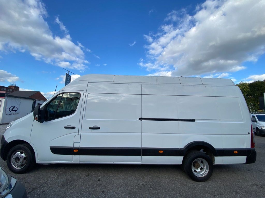 Renault Master Panel Van 2.3 dCi 35 Long Overhang Panel Van RWD LWB High Roof EU5 5dr (TRW)