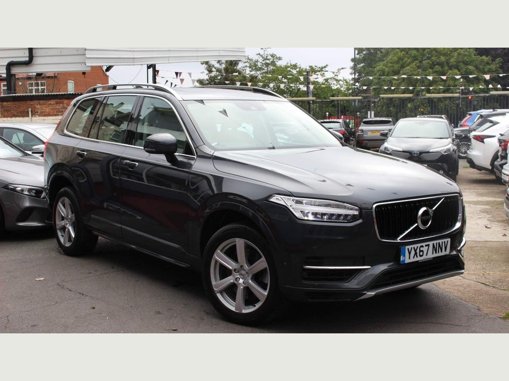 Volvo XC90 SUV 2.0h T8 Twin Engine 10.4kWh Momentum Pro Auto 4WD (s/s) 5dr