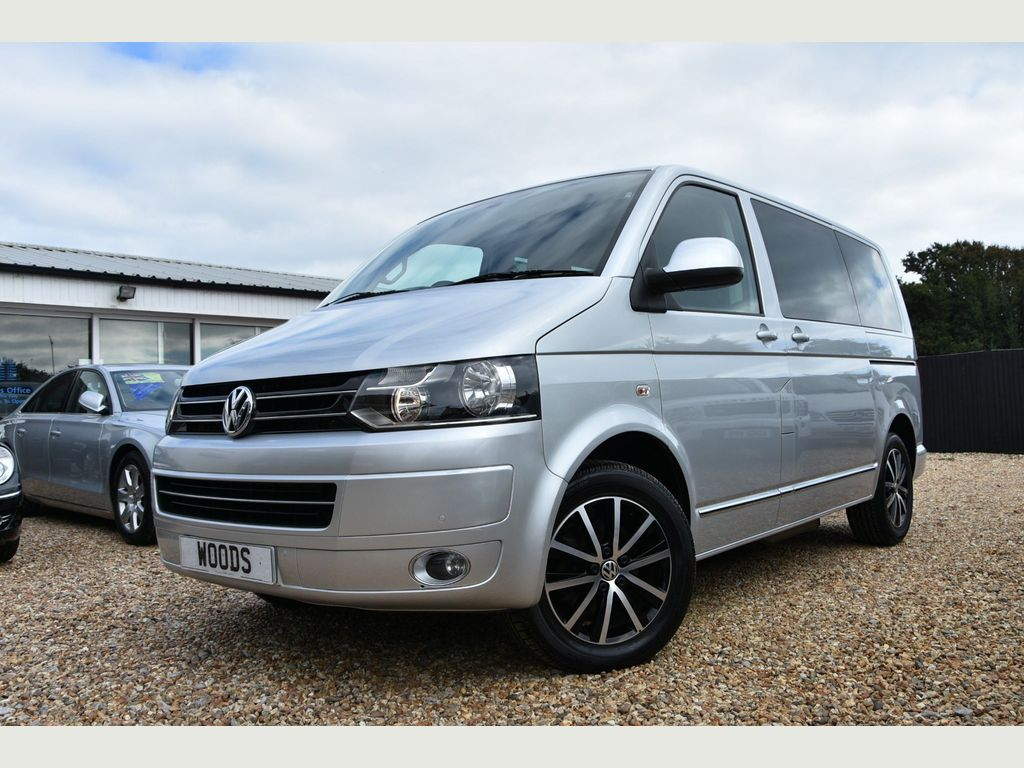 Volkswagen Caravelle Specialist Vehicle 2.0 TDI 140 Executive WHEEL CHAIR CON.