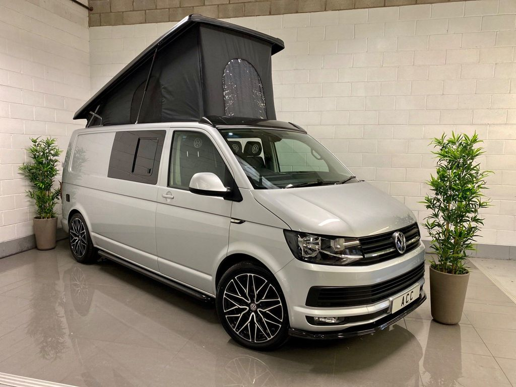 Volkswagen Transporter Panel Van 2.0 TDI T28 BlueMotion Tech Highline FWD LWB EU6 (s/s) 5dr