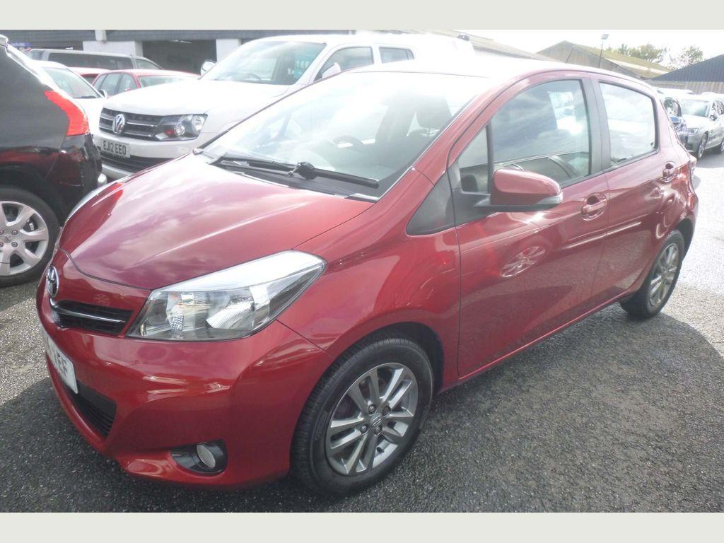Toyota Yaris Hatchback 1.33 Icon+ (Smart pack) 5dr