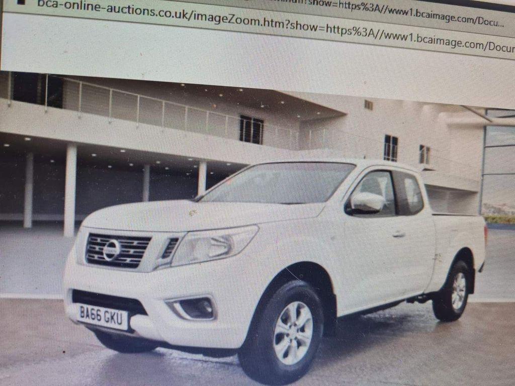 Nissan Navara Pickup 2.3 dCi Acenta King Cab Pickup 4WD (s/s) 4dr