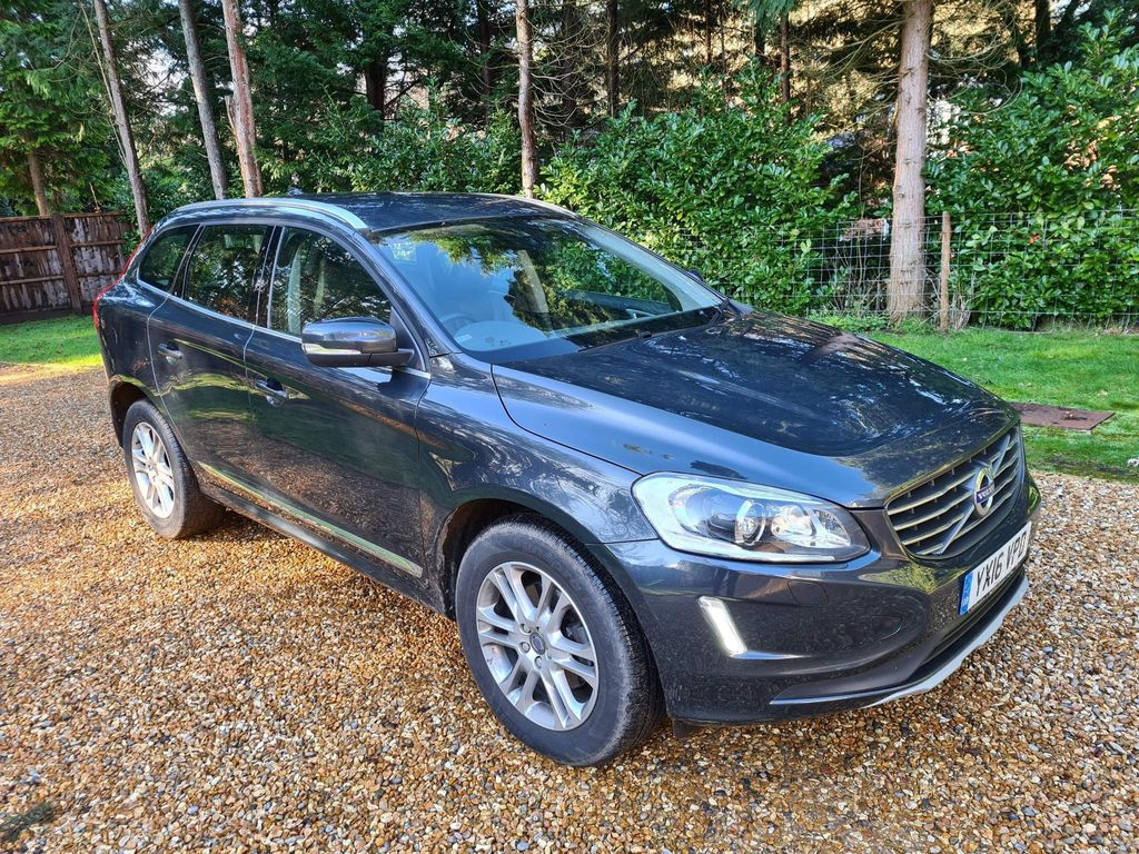 Volvo XC60 SUV 2.4 D4 SE Lux Nav AWD (s/s) 5dr