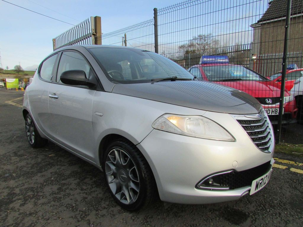 Chrysler Ypsilon Hatchback 1.2 Limited (s/s) 5dr