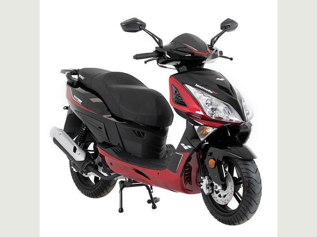 Lexmoto Titan Scooter 125