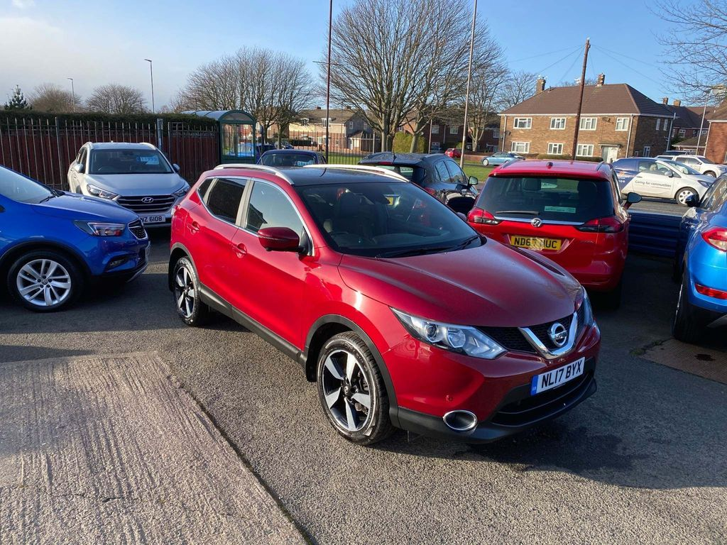 Nissan Qashqai SUV 1.2 DIG-T N-Vision 5dr (18in Alloys)