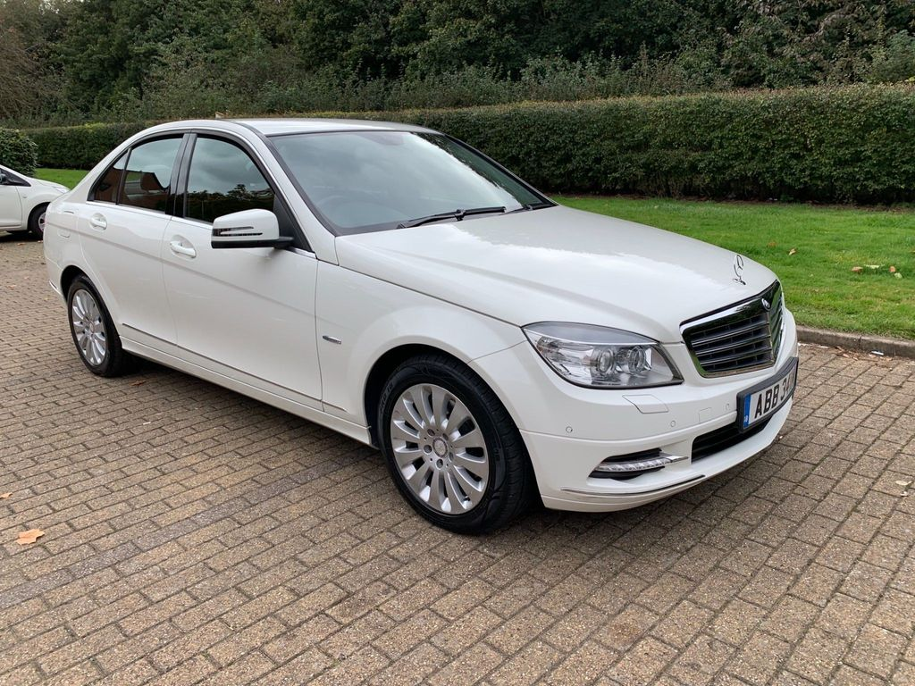Mercedes-Benz C Class Saloon 2.1 C200 CDI BlueEFFICIENCY Elegance 4dr