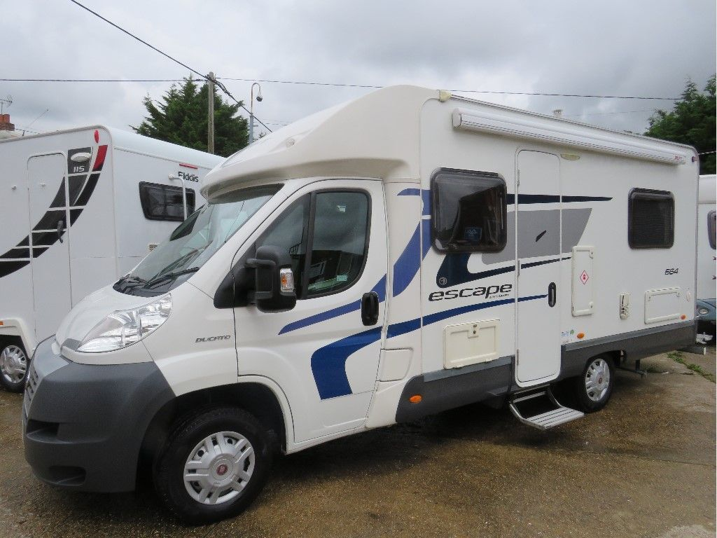 Swift Escape 664 Low Profile FIXED BED **SORRY NOW SOLD**