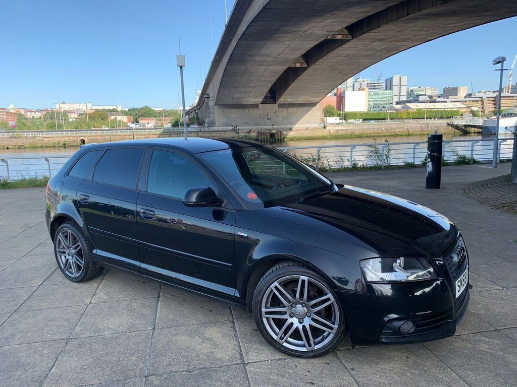 Audi A3 Hatchback 1.6 TD S line Sportback 5dr