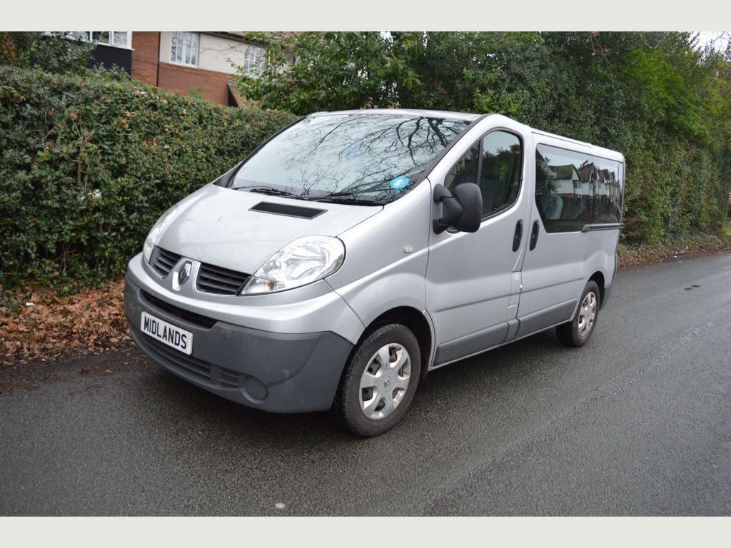 Renault Trafic Other 2.0 dCi SL27 Phase 3 Mini Bus 4dr (9 Seats, Nav)