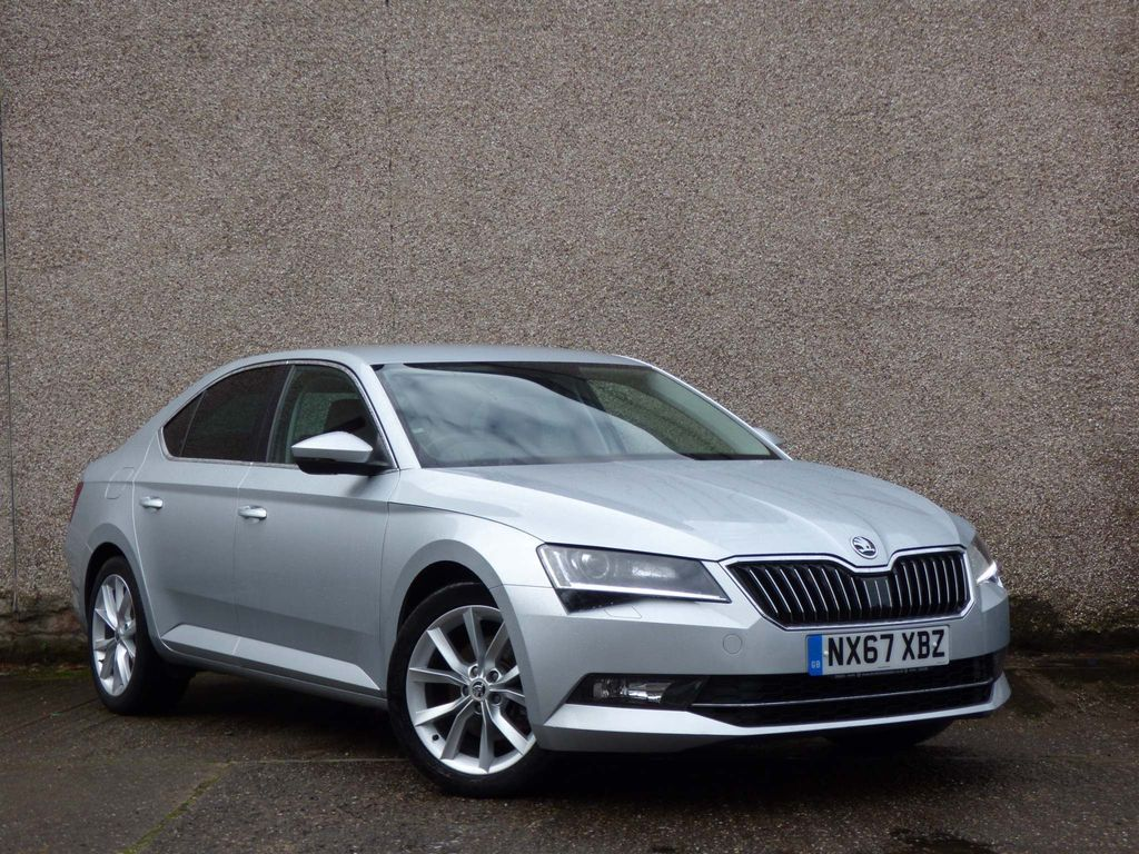 SKODA Superb Hatchback 2.0 TDI SE L Executive DSG (s/s) 5dr