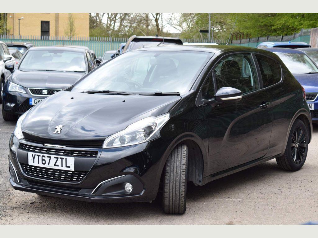 Peugeot 208 Hatchback 1.2 PureTech Black Edition 3dr