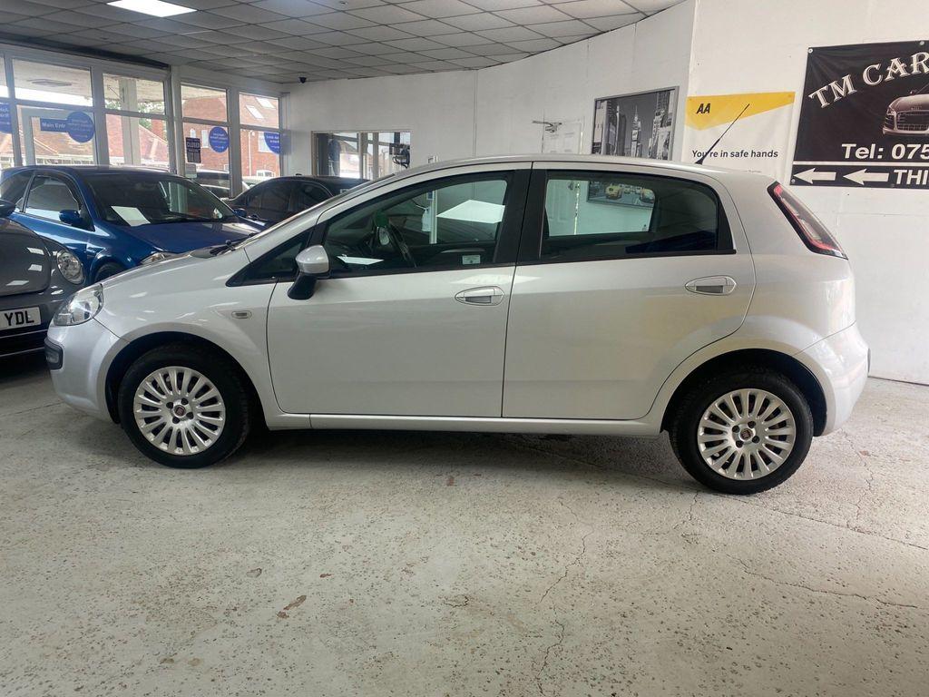 Fiat Punto Evo Hatchback 1.4 8V Dynamic (s/s) 5dr