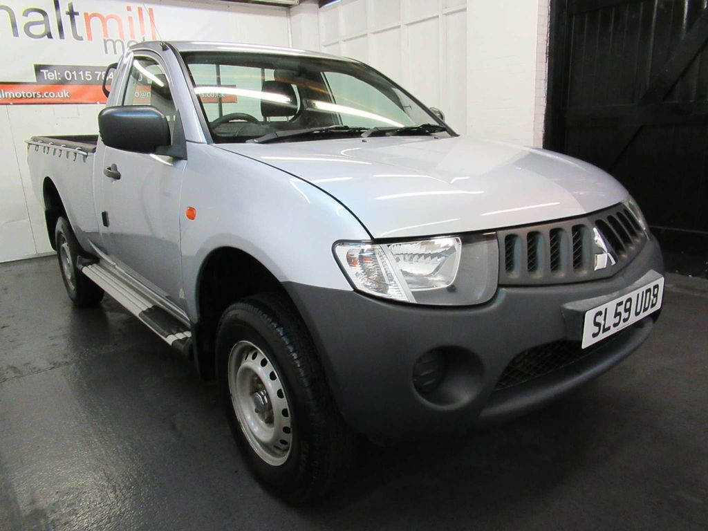 Mitsubishi L200 Pickup 2.5 DI-D 4Work Single Cab 4WD 2dr
