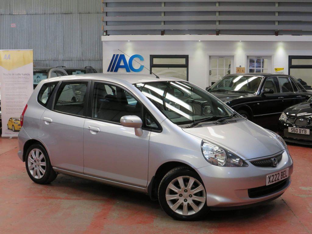 Honda Jazz Hatchback 1.4 i-DSI SE CVT-7 5dr