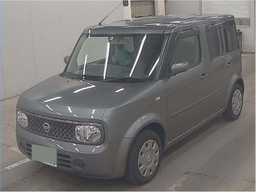 Nissan Cube Hatchback 14S 1.4 petrol auto