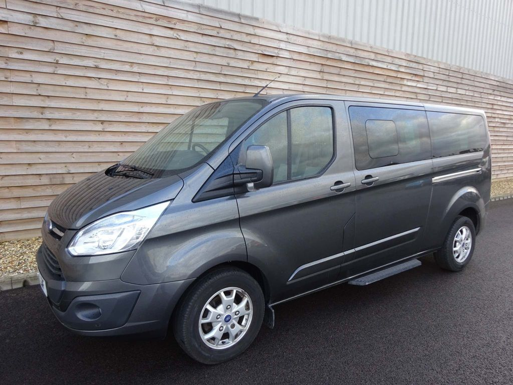 Ford Tourneo Custom Other 2.2 TDCi 300S Titanium Low Roof Bus 5dr (8 Seats, SWB)